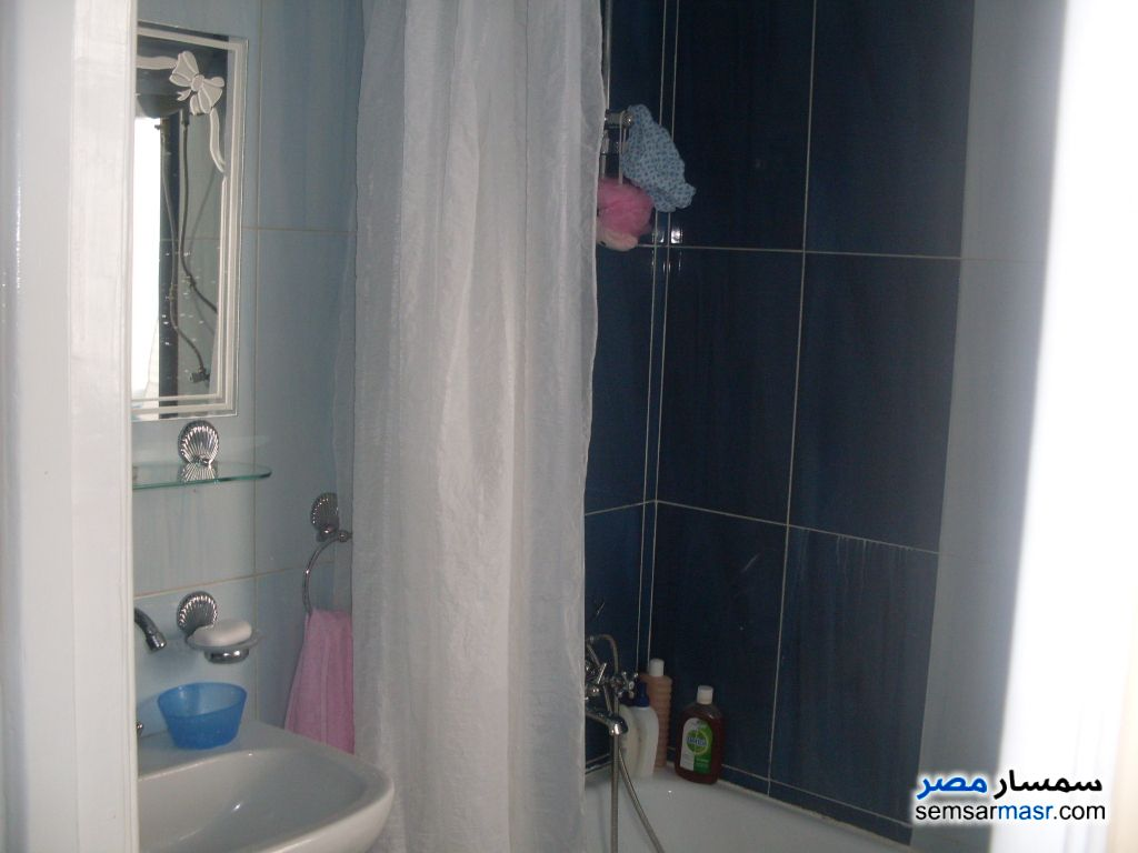 Photo 4 - Apartment 2 bedrooms 1 bath 70 sqm extra super lux For Sale Third District Cairo