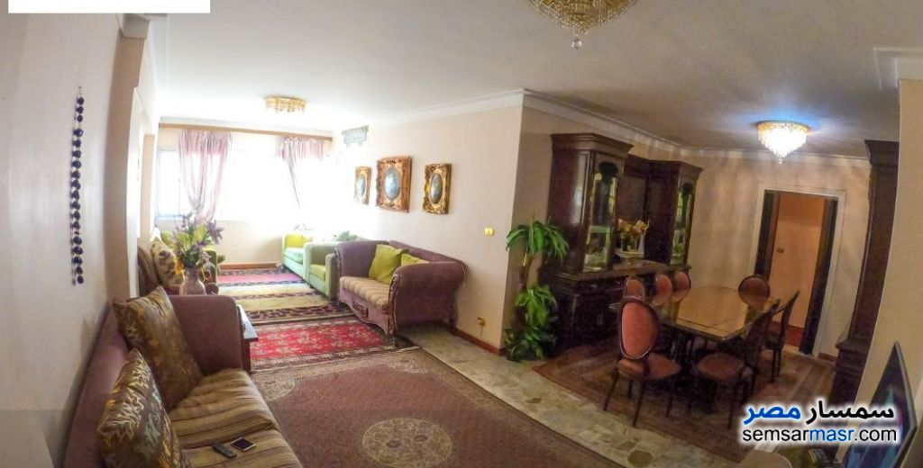 Ad Photo: Apartment 2 bedrooms 2 baths 120 sqm super lux in Roshdy  Alexandira