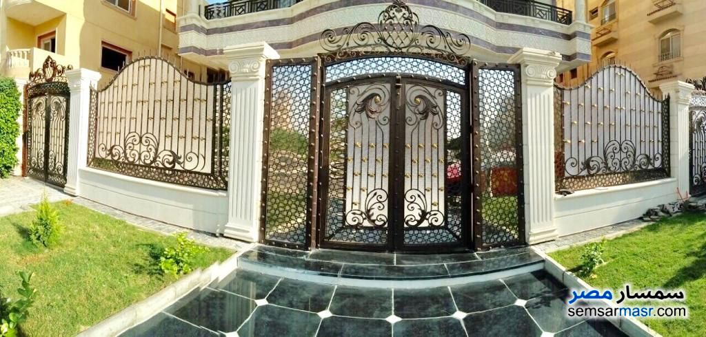 Photo 1 - Villa 6 bedrooms 5 baths 742 sqm extra super lux For Sale Shorouk City Cairo