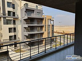 Apartment 3 bedrooms 3 baths 337 sqm extra super lux For Sale Madinaty Cairo - 9