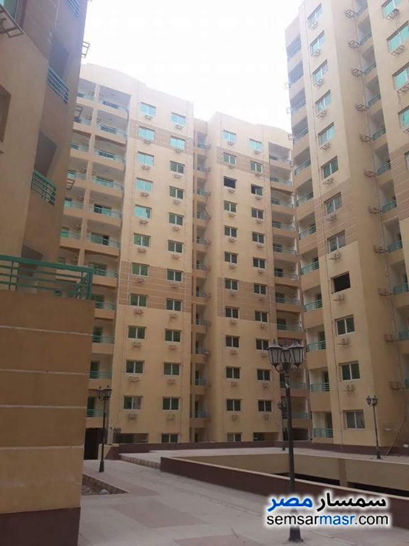 Ad Photo: Apartment 3 bedrooms 2 baths 149 sqm semi finished in Nasr City  Cairo