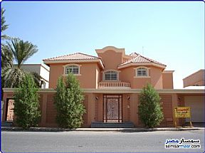 Ad Photo: Villa 6 bedrooms 4 baths 2000 sqm super lux in Haram  Giza