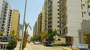 Ad Photo: Apartment 3 bedrooms 2 baths 175 sqm semi finished in Maadi  Cairo