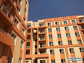 Ad Photo: Apartment 2 bedrooms 1 bath 80 sqm semi finished in Dreamland  6th of October