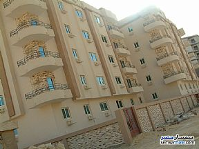 Ad Photo: Apartment 3 bedrooms 1 bath 95 sqm semi finished in Mokattam  Cairo