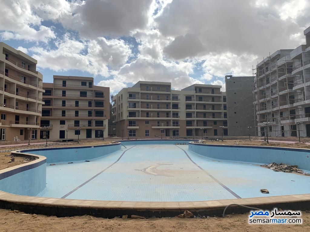 Ad Photo: Apartment 3 bedrooms 3 baths 208 sqm semi finished in Cairo Alexandria Desert Road  Giza