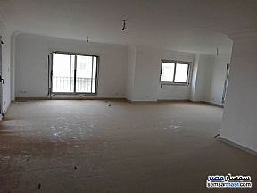 Apartment 4 bedrooms 4 baths 320 sqm lux For Rent Madinaty Cairo - 4