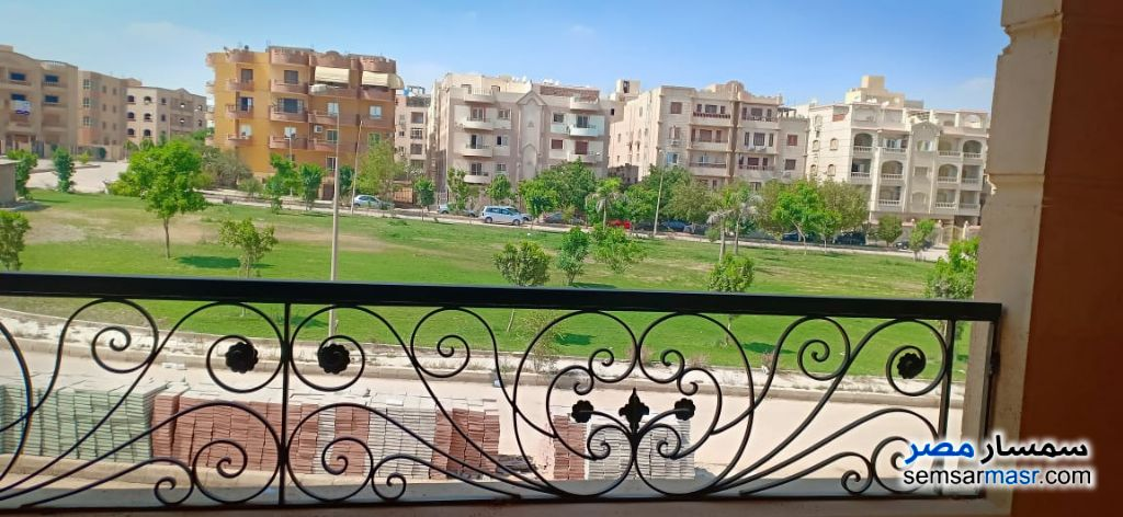 Photo 1 - Apartment 3 bedrooms 2 baths 170 sqm semi finished For Sale El Ubour City Qalyubiyah