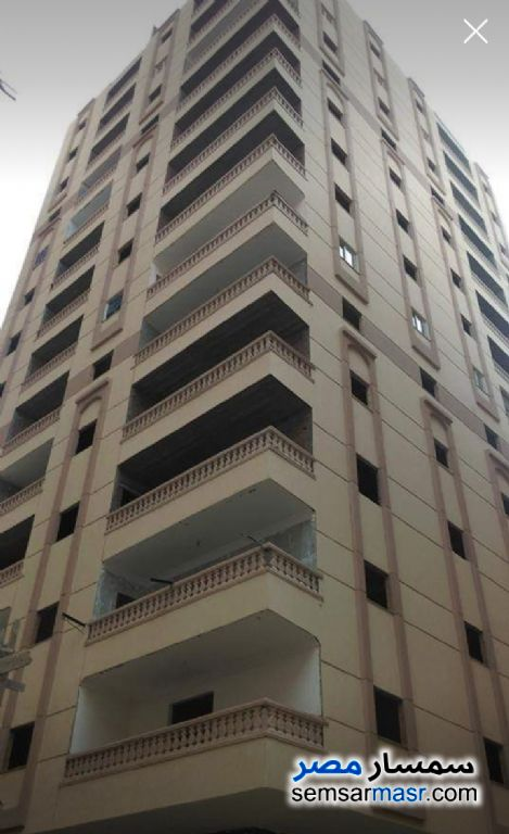 Ad Photo: Apartment 3 bedrooms 1 bath 125 sqm without finish in Halwan  Cairo