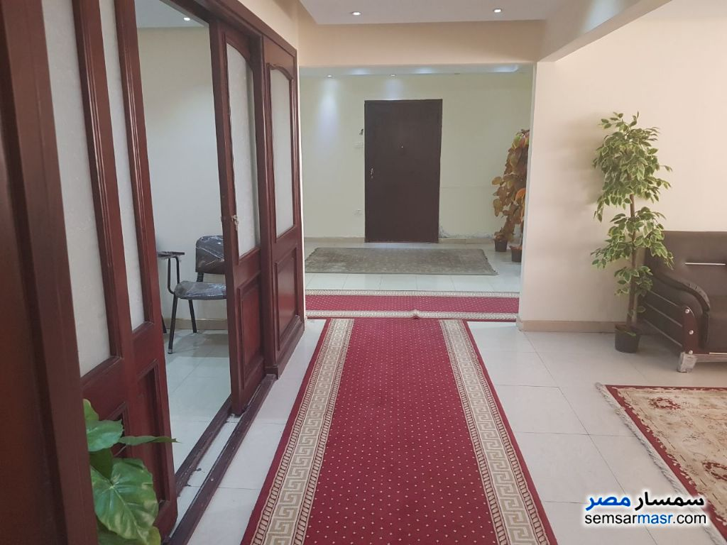 Photo 4 - Apartment 6 bedrooms 3 baths 365 sqm extra super lux For Rent Maadi Cairo