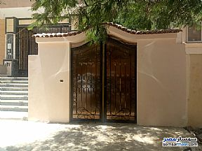 Ad Photo: Apartment 3 bedrooms 2 baths 422 sqm extra super lux in Districts  6th of October