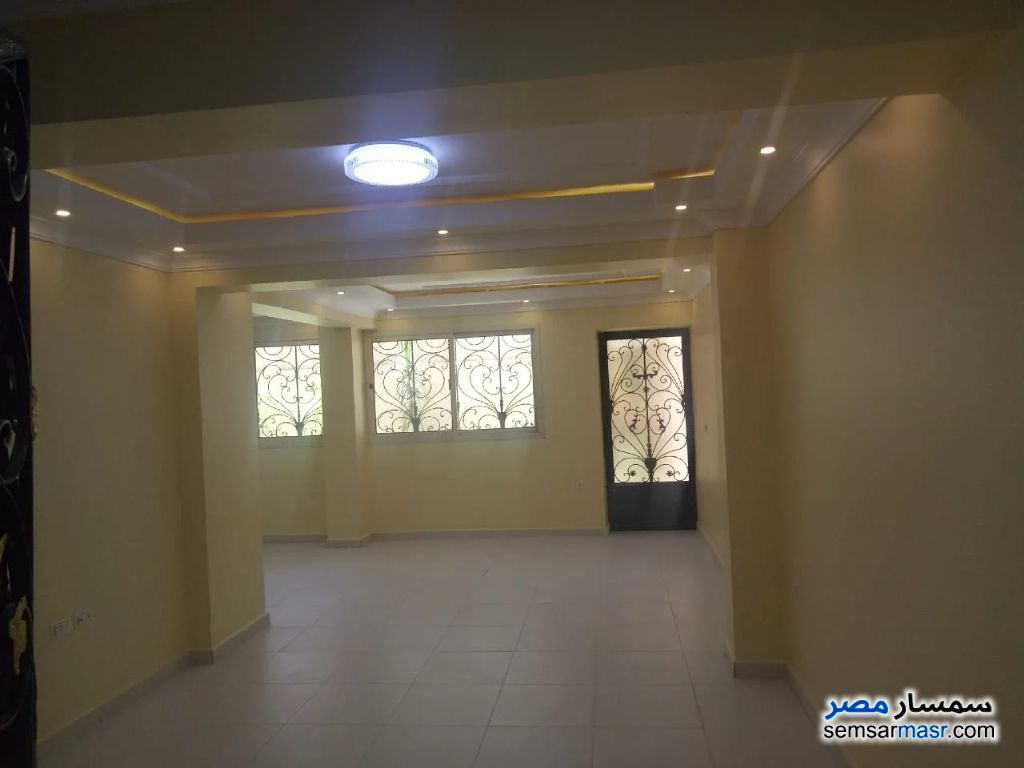Photo 9 - Apartment 3 bedrooms 2 baths 422 sqm extra super lux For Rent Districts 6th of October