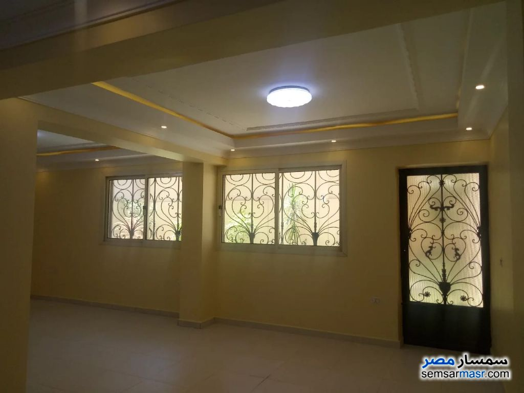 Photo 8 - Apartment 3 bedrooms 2 baths 422 sqm extra super lux For Rent Districts 6th of October
