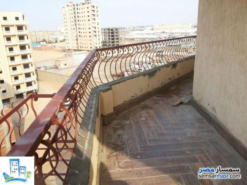 Ad Photo: Apartment 3 bedrooms 2 baths 200 sqm in Al Salam City  Cairo
