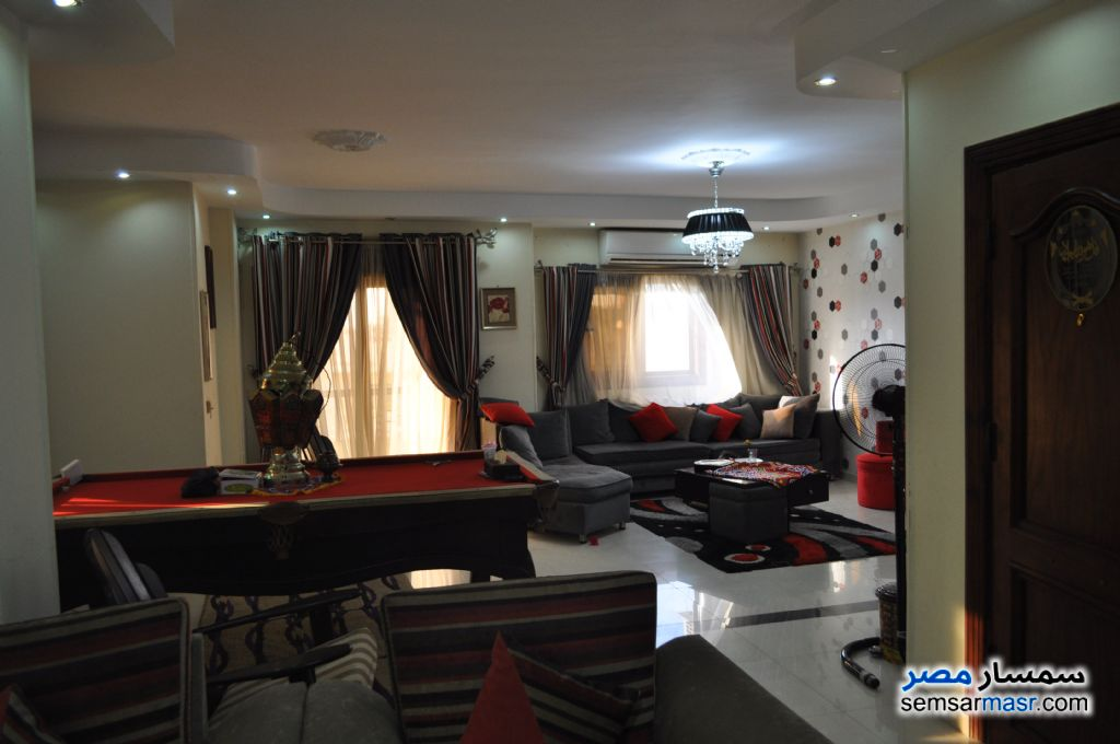 Photo 3 - Apartment 3 bedrooms 2 baths 255 sqm extra super lux For Sale Hadayek Al Ahram Giza