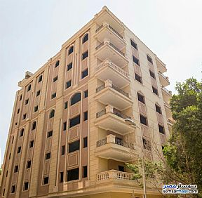 Ad Photo: Apartment 3 bedrooms 3 baths 200 sqm semi finished in Maadi  Cairo