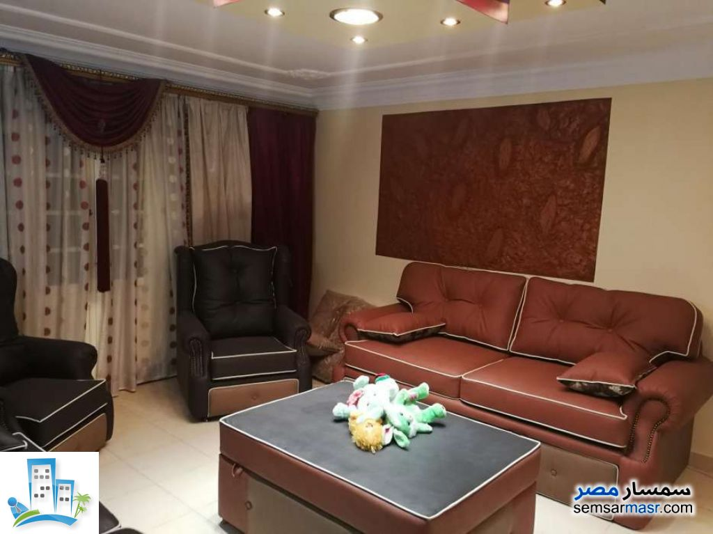 Ad Photo: Apartment 3 bedrooms 3 baths 182 sqm super lux in Haram  Giza