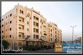 Ad Photo: Apartment 3 bedrooms 1 bath 108 sqm semi finished in New Heliopolis  Cairo