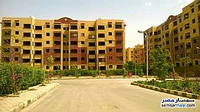 Ad Photo: Apartment 3 bedrooms 1 bath 105 sqm semi finished in October Gardens  6th of October