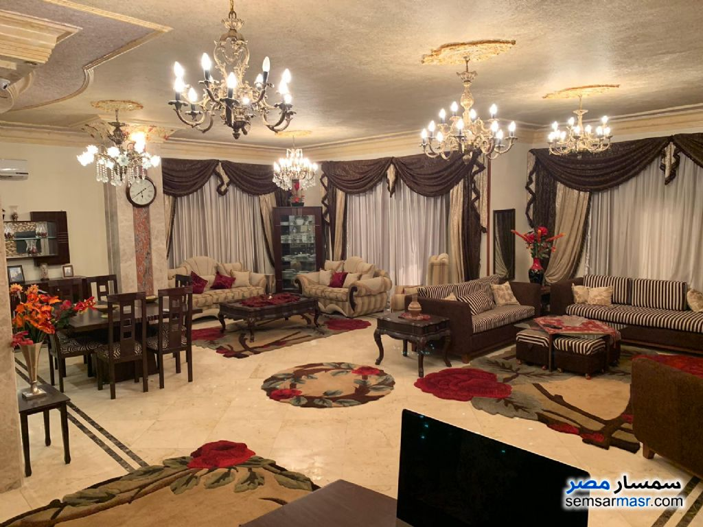 Photo 1 - Apartment 4 bedrooms 3 baths 300 sqm extra super lux For Sale Fifth Settlement Cairo