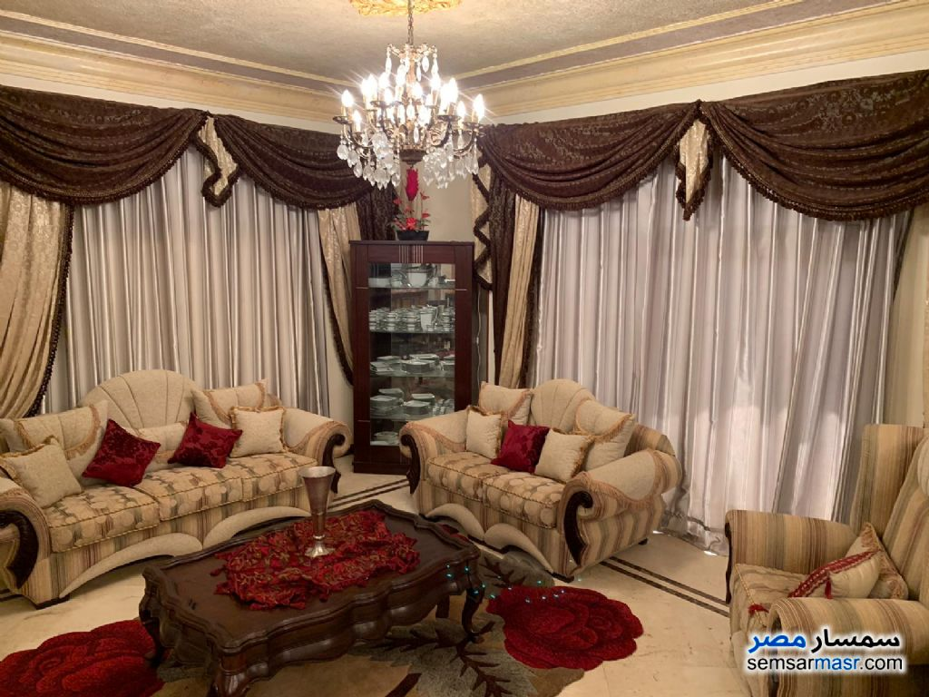 Photo 4 - Apartment 4 bedrooms 3 baths 300 sqm extra super lux For Sale Fifth Settlement Cairo