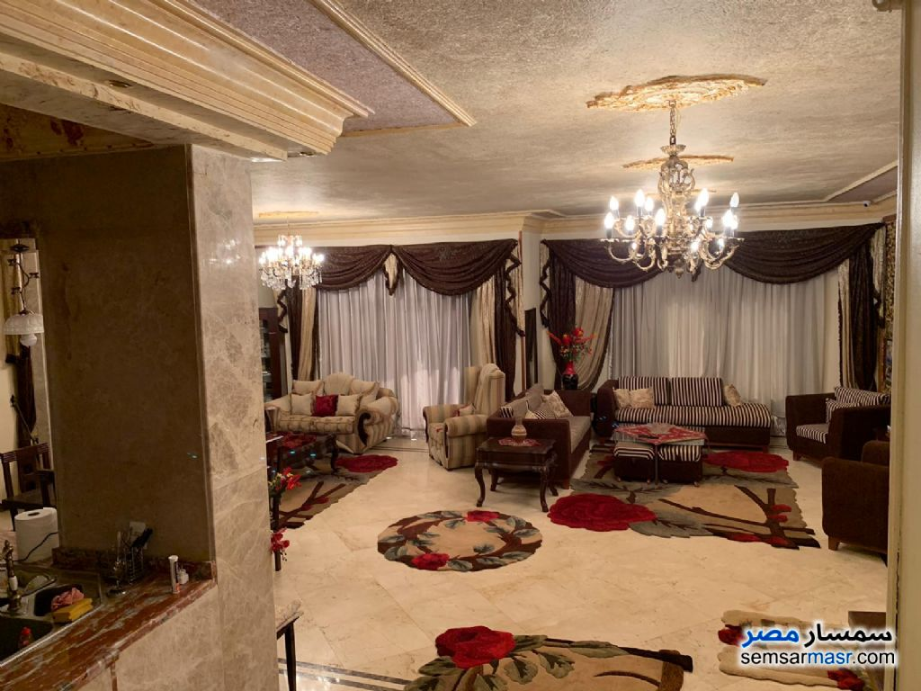Photo 5 - Apartment 4 bedrooms 3 baths 300 sqm extra super lux For Sale Fifth Settlement Cairo