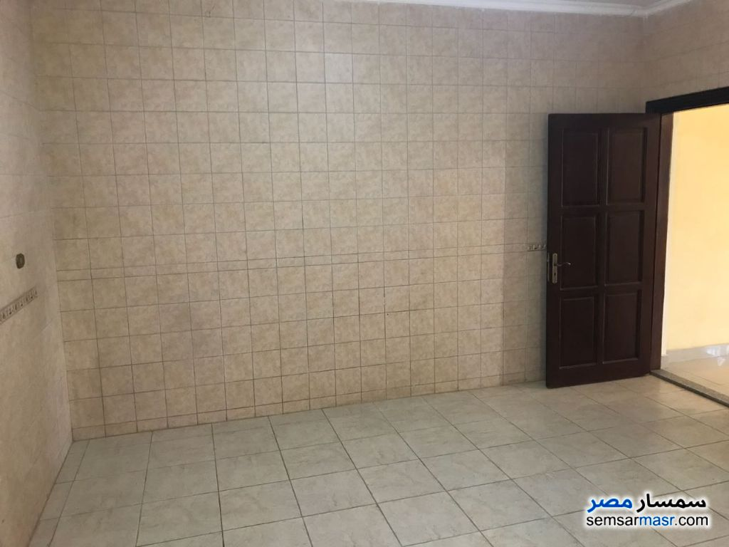 Photo 10 - Apartment 3 bedrooms 3 baths 370 sqm extra super lux For Sale Fifth Settlement Cairo