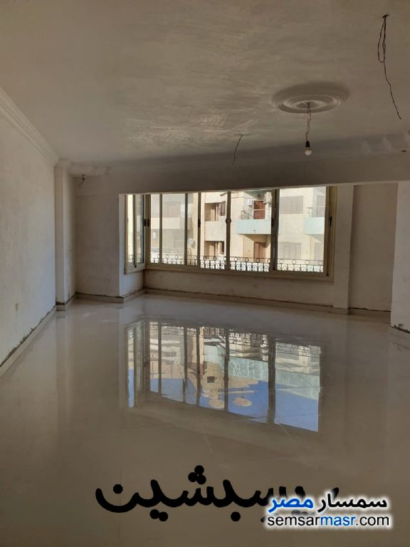 Ad Photo: Apartment 3 bedrooms 1 bath 220 sqm extra super lux in Banha  Qalyubiyah