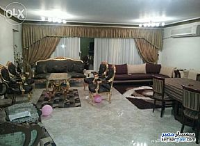 Ad Photo: Apartment 3 bedrooms 3 baths 270 sqm extra super lux in Mohandessin  Giza