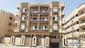 Ad Photo: Apartment 2 bedrooms 1 bath 112 sqm semi finished in Shorouk City  Cairo