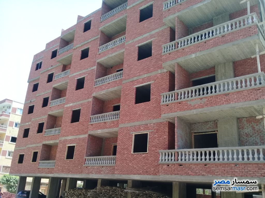 Photo 1 - Apartment 3 bedrooms 2 baths 190 sqm semi finished For Sale Hadayek Al Ahram Giza