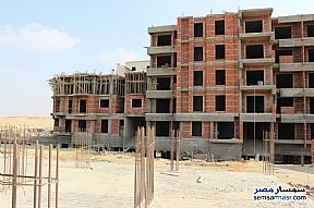 Ad Photo: Apartment 3 bedrooms 3 baths 209 sqm semi finished in New Heliopolis  Cairo