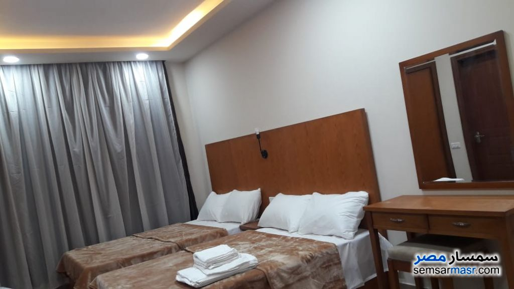 Photo 10 - Apartment 2 bedrooms 1 bath 75 sqm extra super lux For Rent Dreamland 6th of October