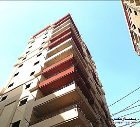 Ad Photo: Apartment 5 bedrooms 3 baths 230 sqm without finish in El Mahalla El Kubra  Gharbiyah