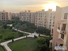 Ad Photo: Apartment 2 bedrooms 1 bath 90 sqm lux in First Settlement  Cairo