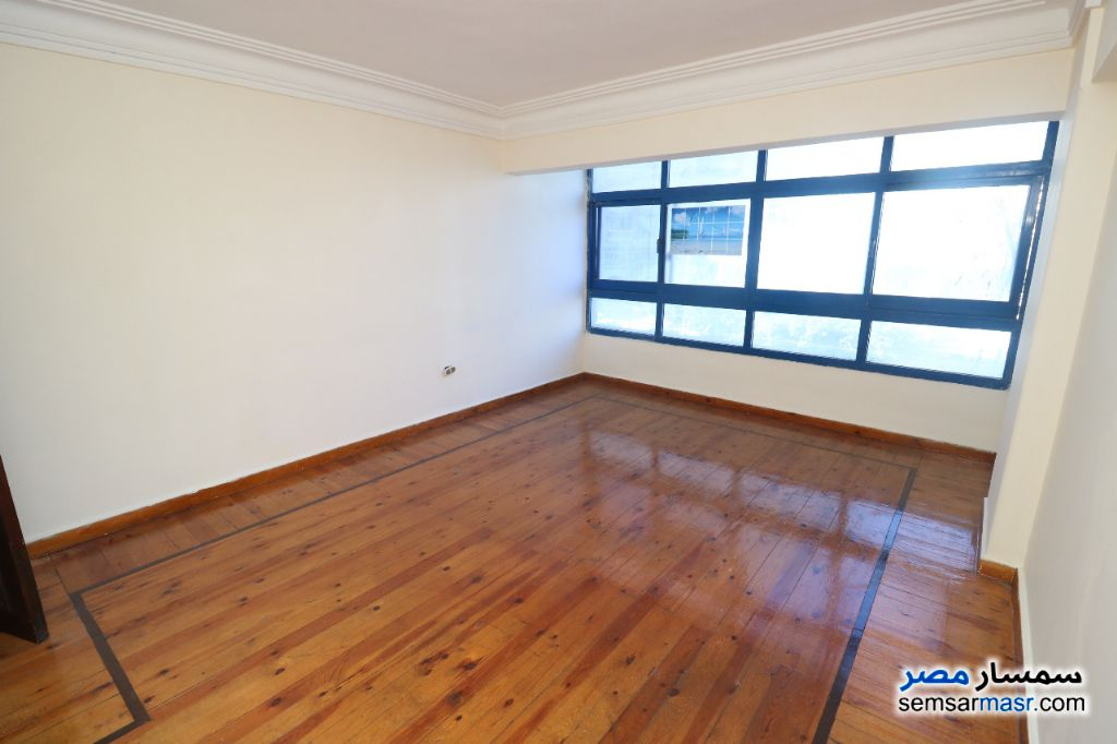 Photo 1 - Apartment 3 bedrooms 1 bath 125 sqm super lux For Sale Sidi Gaber Alexandira