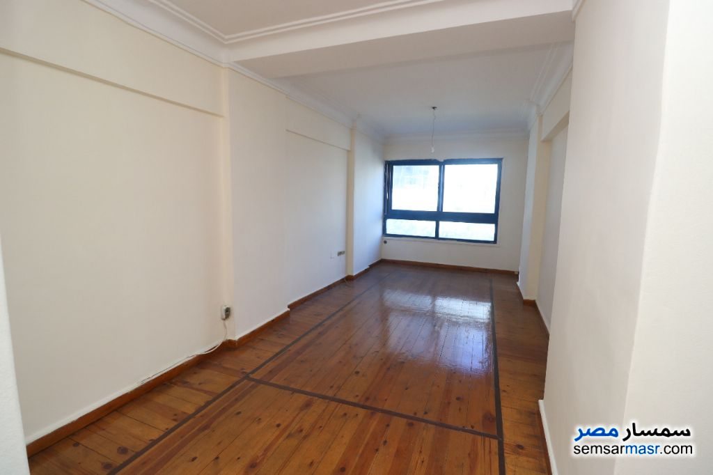 Photo 3 - Apartment 3 bedrooms 1 bath 125 sqm super lux For Sale Sidi Gaber Alexandira