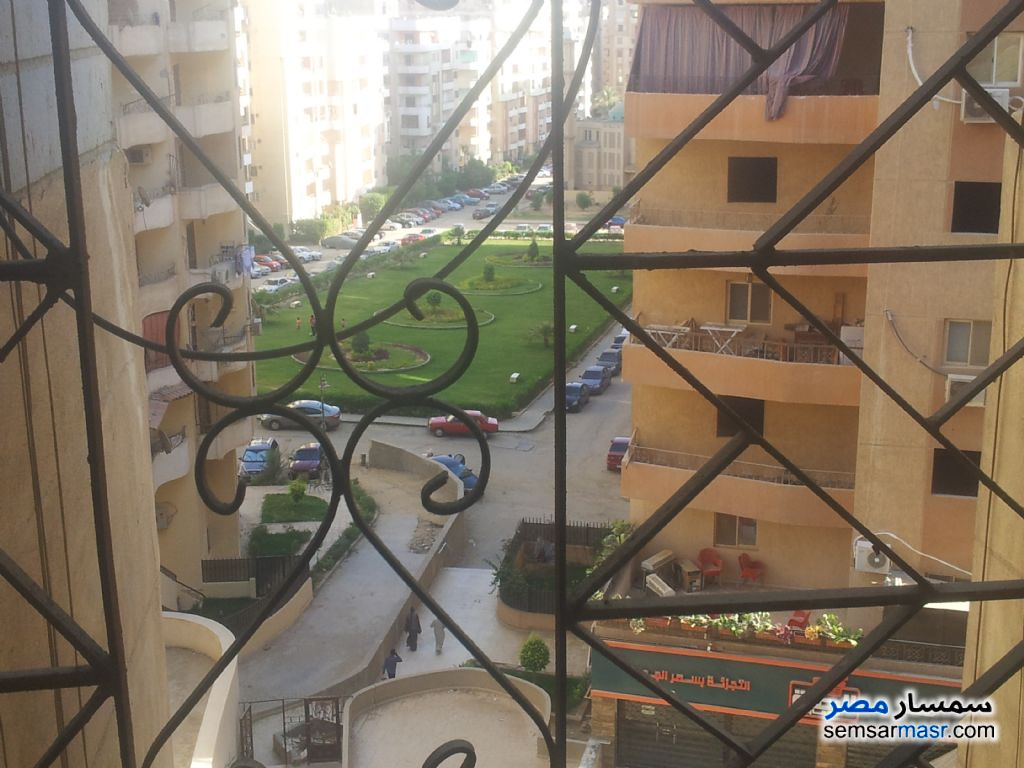 Photo 1 - 2 bedrooms 1 bath 70 sqm lux For Rent Katameya Cairo