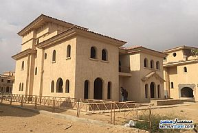 Ad Photo: Villa 4 bedrooms 4 baths 555 sqm without finish in Madinaty  Cairo
