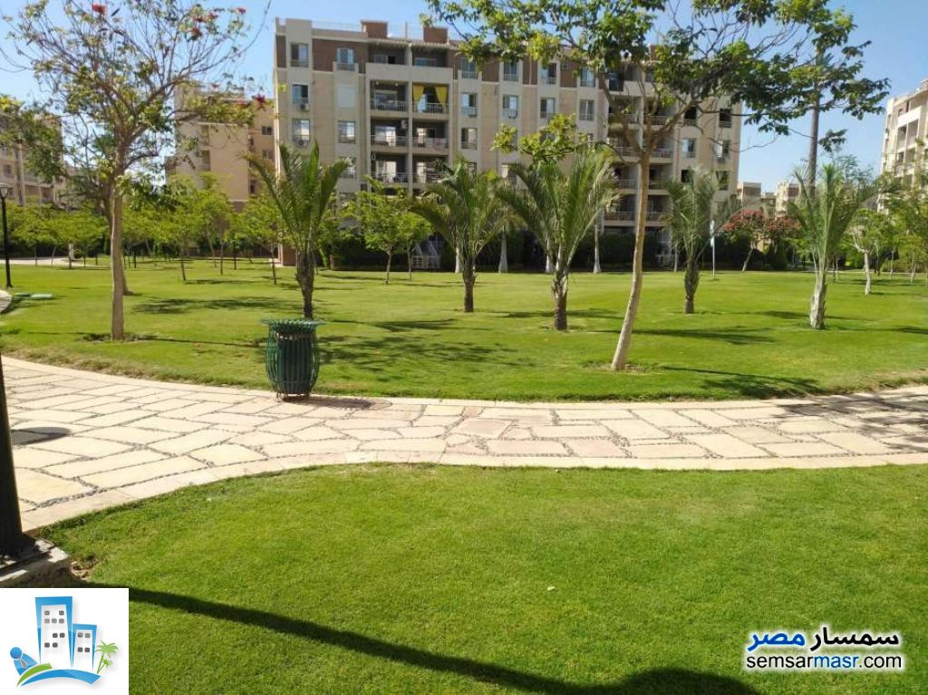Ad Photo: Apartment 2 bedrooms 2 baths 96 sqm lux in Madinaty  Cairo