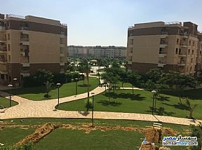 Ad Photo: Apartment 2 bedrooms 1 bath 70 sqm without finish in Madinaty  Cairo