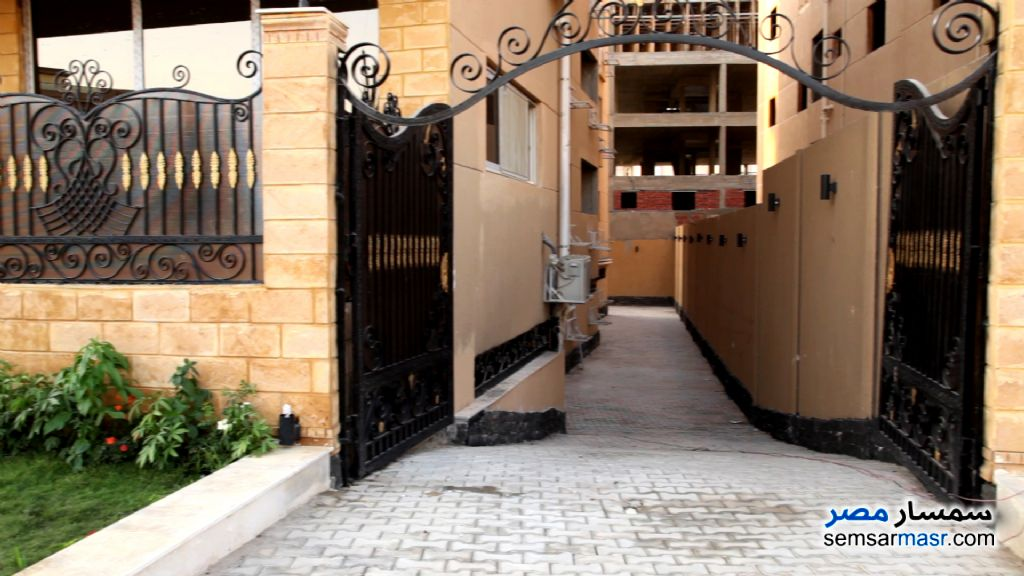 Photo 1 - Apartment 3 bedrooms 3 baths 201 sqm semi finished For Sale Shorouk City Cairo