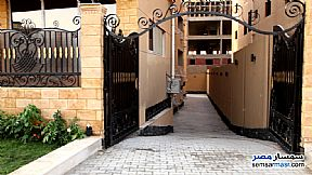 Ad Photo: Apartment 3 bedrooms 3 baths 201 sqm semi finished in Shorouk City  Cairo