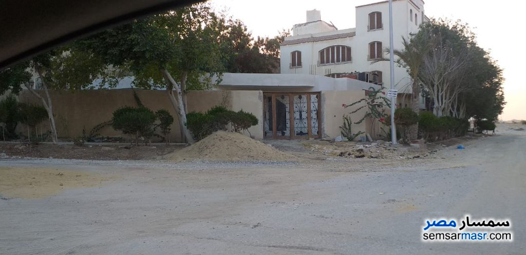 Ad Photo: Land 585 sqm in West Somid  6th of October