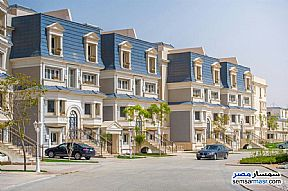 Ad Photo: Apartment 4 bedrooms 3 baths 166 sqm semi finished in First Settlement  Cairo