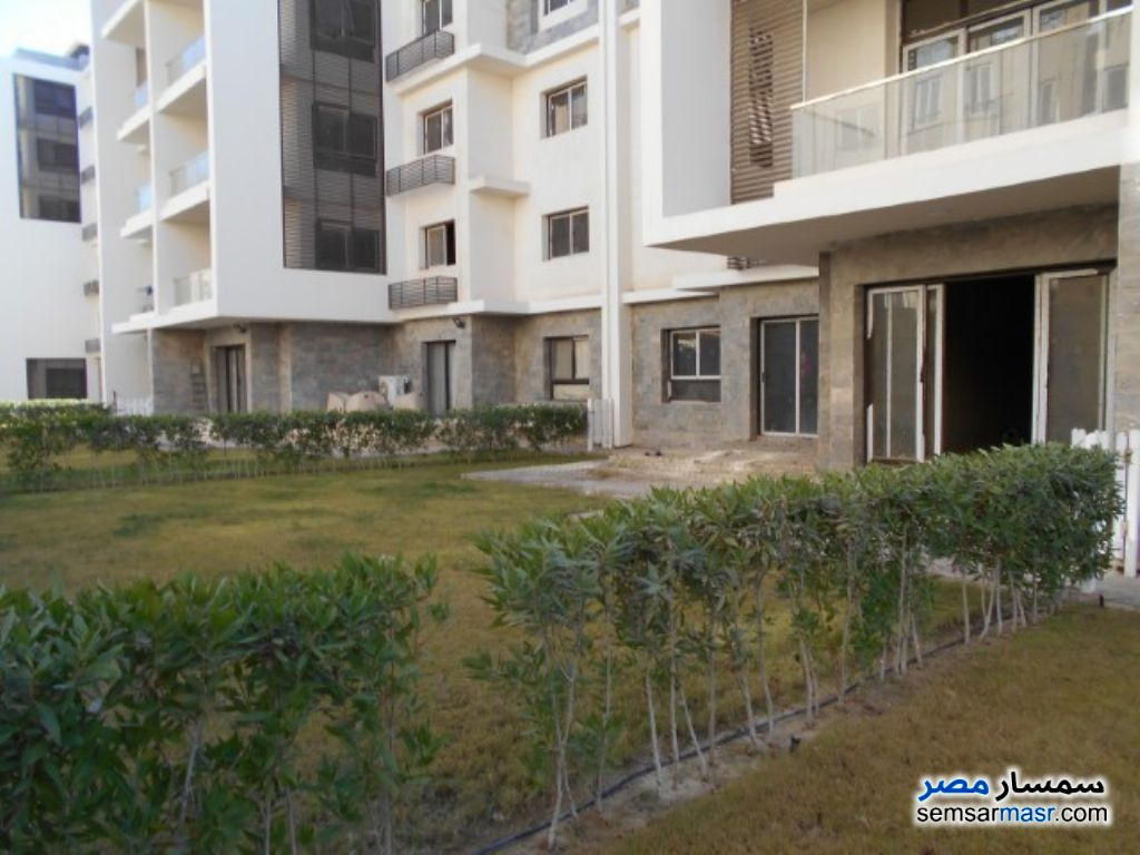 Ad Photo: Apartment 2 bedrooms 2 baths 130 sqm semi finished in Beta Gardens  6th of October