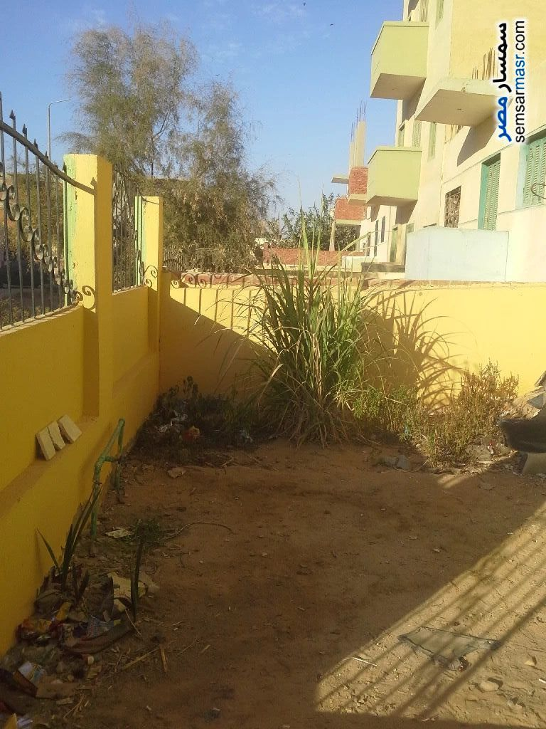 Ad Photo: Building 6 bedrooms 3 baths 150 sqm lux in Sharqia