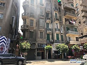 Ad Photo: Apartment 4 bedrooms 1 bath 90 sqm lux in Downtown Cairo  Cairo