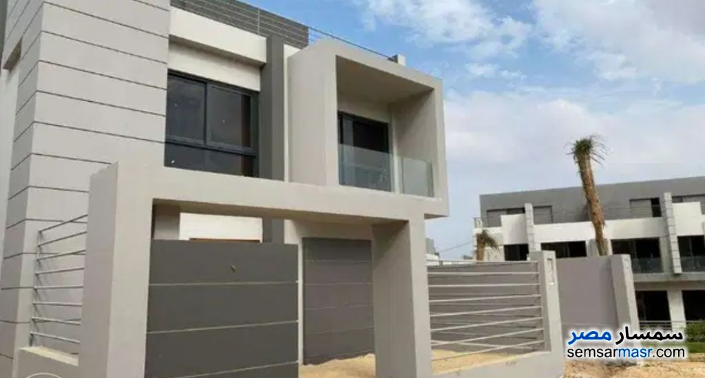 Ad Photo: Villa 4 bedrooms 3 baths 222 sqm semi finished in Beta Gardens  6th of October