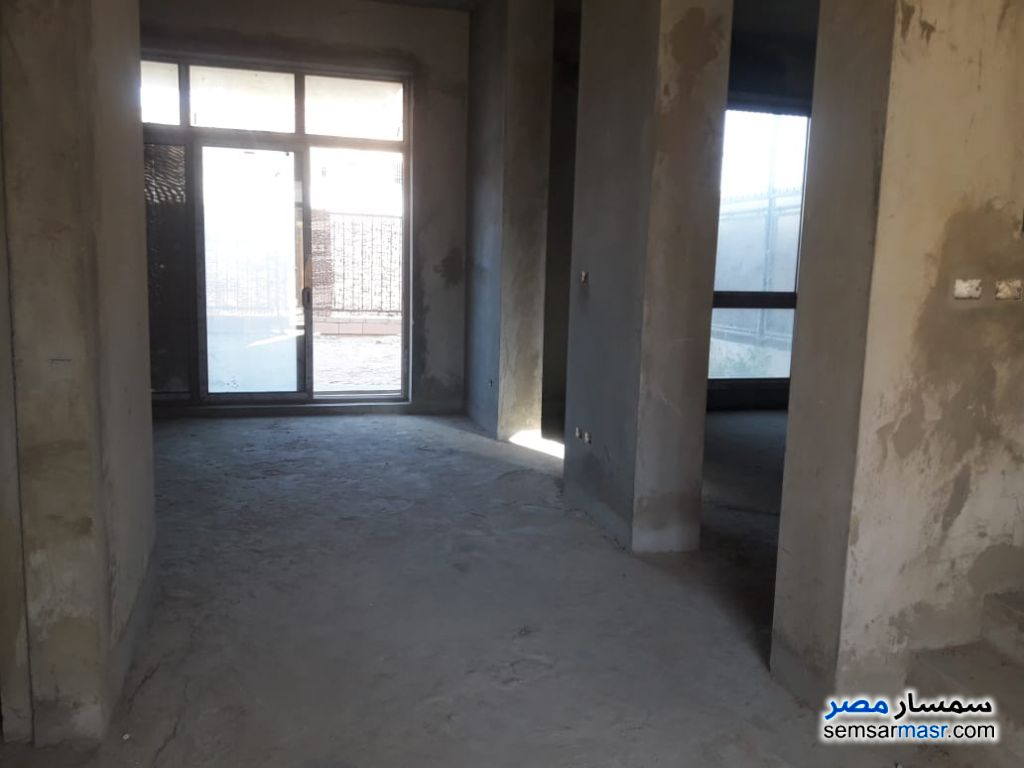 Photo 3 - Villa 4 bedrooms 4 baths 350 sqm semi finished For Sale Sheikh Zayed 6th of October